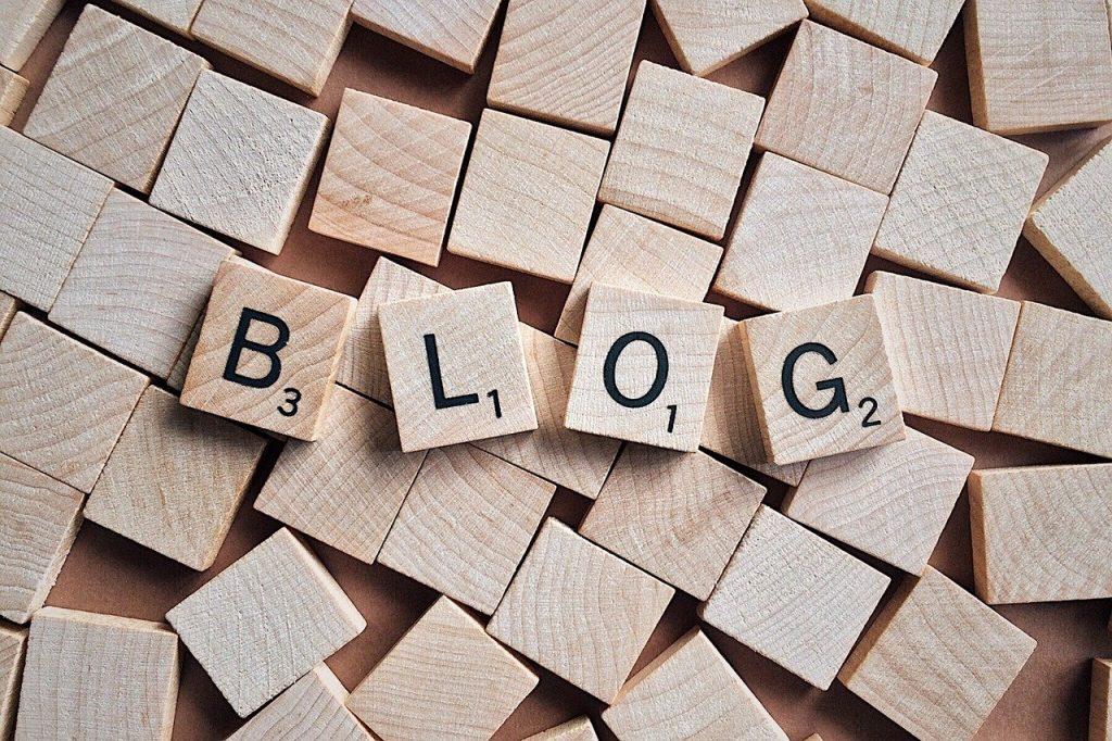 Lezen bij andere blogs (en contacten onderhouden met bloggers en lezers)