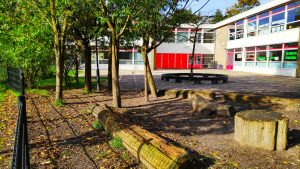 groen schoolplein in Zoetermeer; De Regenboog