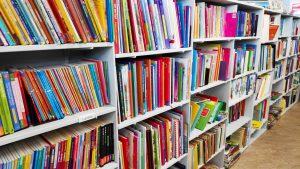 Bijna gratis kinderboeken in Zoetermeer, kringloopwinkel Pelgrimshoeve